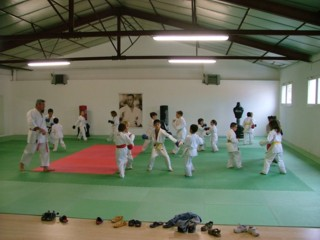 Karate lessons in Limoux